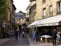 Zomaar een straatje in Sarlat.